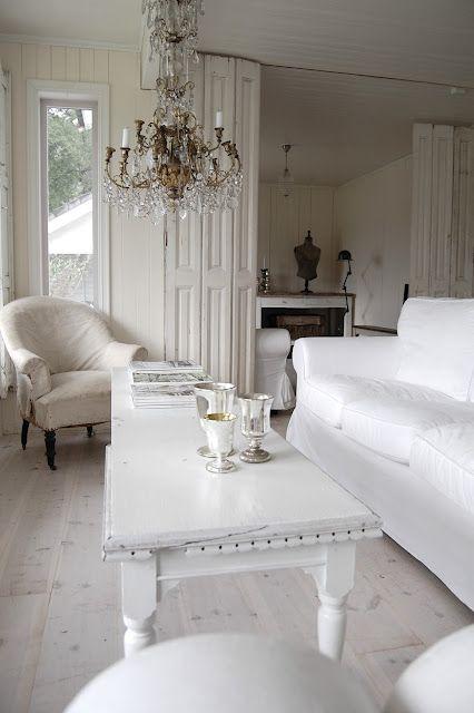 Décoration intérieure / Salon living room / Blanc pur / idée ...