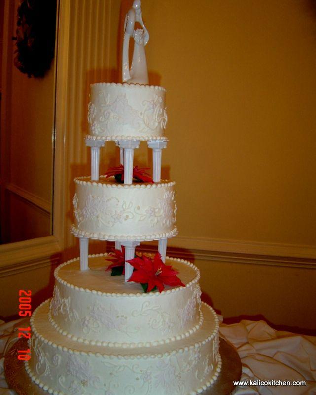 Wedding Cakes 3 Tier Ercream White Pillars Poinsettias