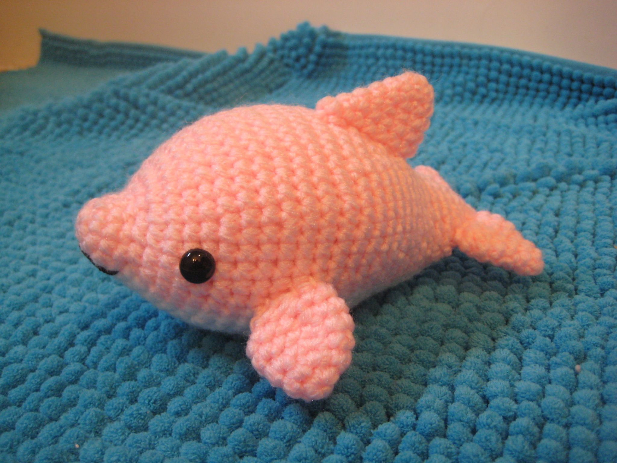 Sigh sorry crochet peeps i redid the colour work on my dolphin i redid the colour work on my dolphin pattern again dt1010fo