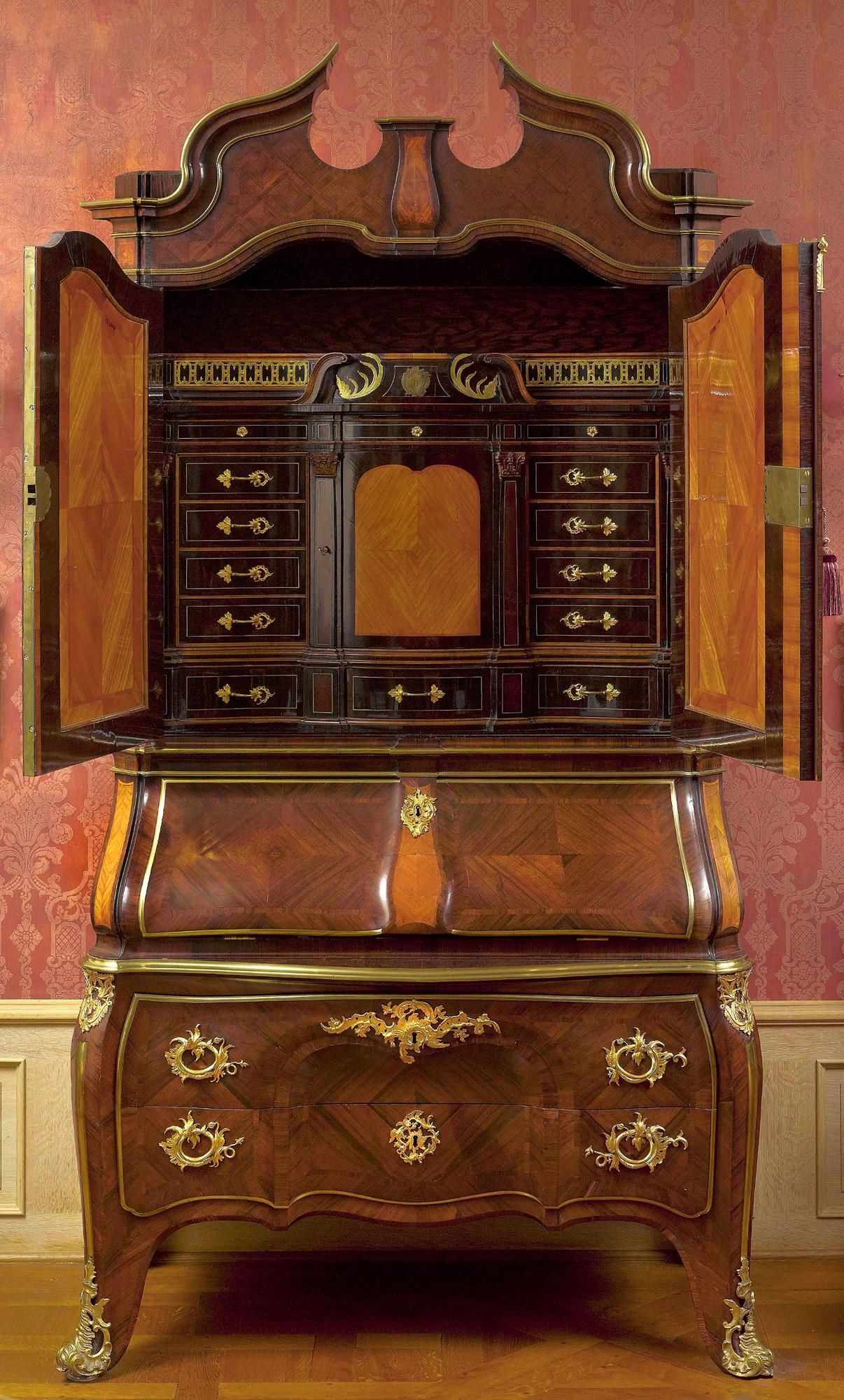 Tischler In Dresden dresden rococo writing cabinet furniture with a soul
