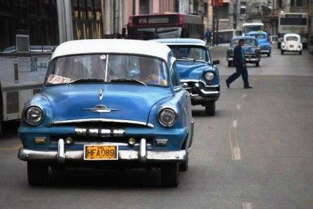 Ya adaptados a las discriminaciones ilegales, mediante edictos secretos y resoluciones anticonstitucionales, los cubanos nos enfrentamos hoy, y una vez más, a una nueva arbitrariedad de las autoridades de la isla.