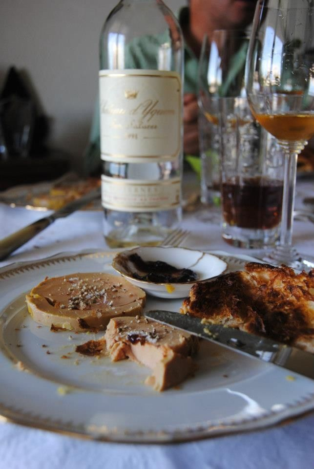 Croissant with foie gras and balsamic vinegar accompanied by a glass of Château d'Yquem, 1991