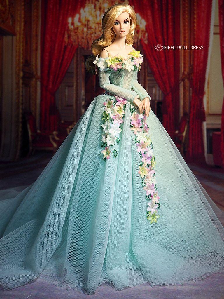Eifel Doll Dress More | Barbies | Pinterest | Barbie, Muñecas y ...
