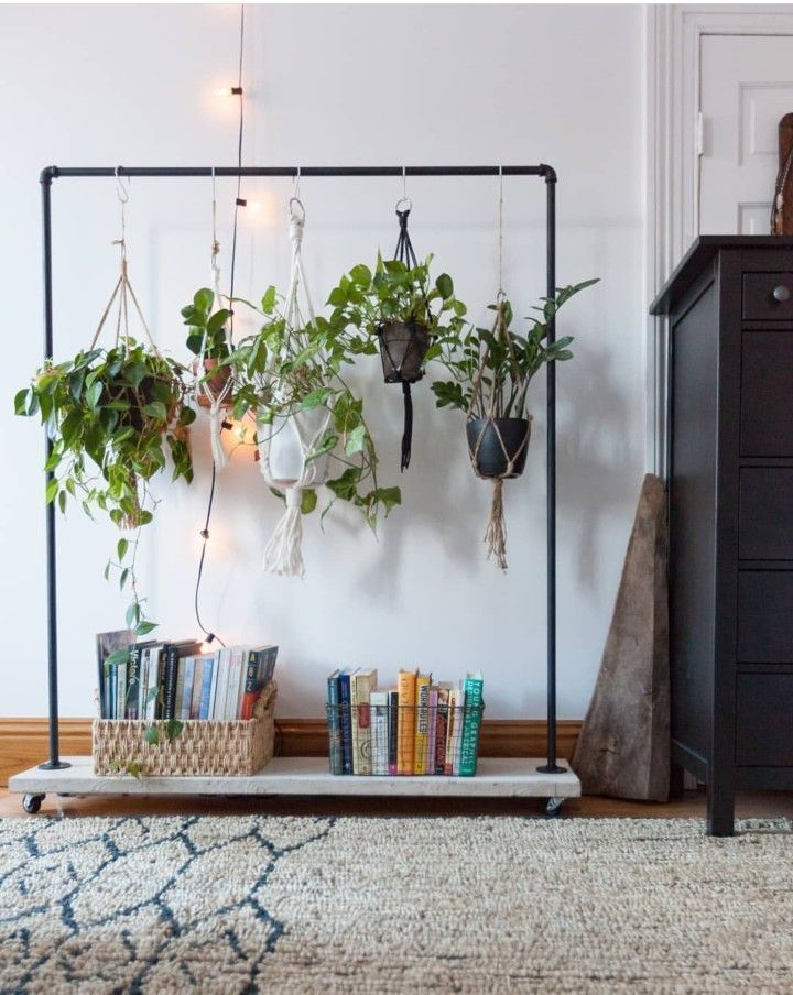 Changing a clothes rack for a hanging plant stand! Maybe make with copper … #einen #anhanging #kleiderstanders