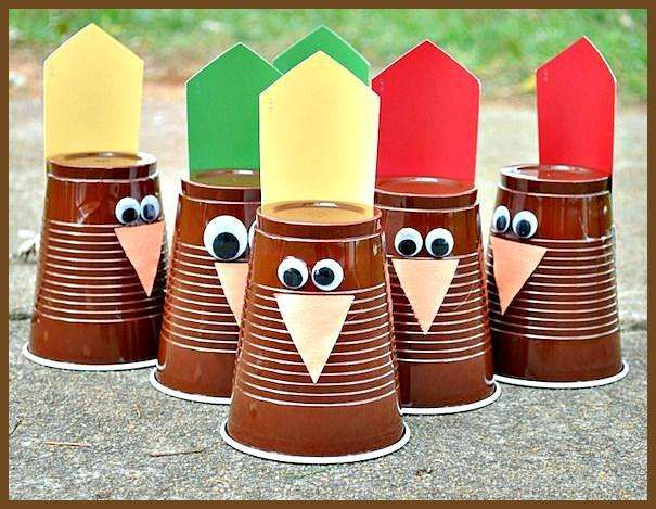 24 Simple Ways to Keep the Kids Busy on Thanksgiving Fun Thanksgiving Activities and Games for Kids Informations About 24 Simple Ways to Keep the Kids Busy on Thanksgivin...