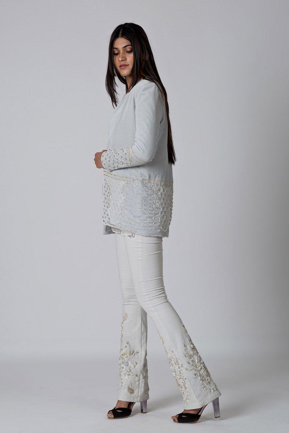 Women Hand embroidered velvet jackets, Handgekleidet kleider ...
