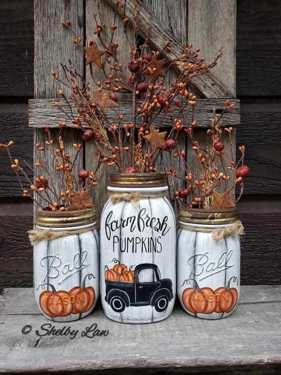 Farm Fresh Pumpkins, set of Three hand painted mason jars #masonjarcrafts