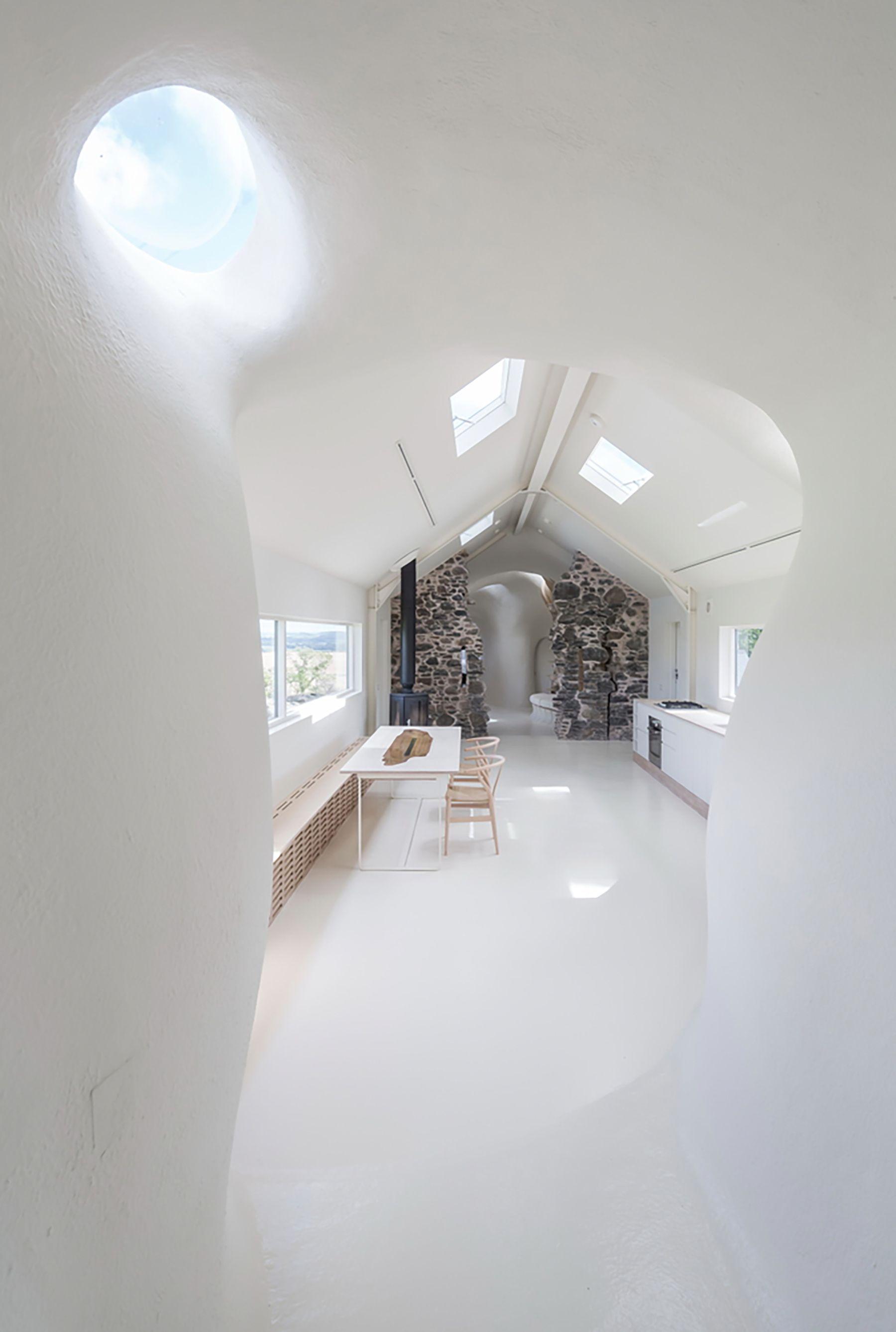 18th Century Ruins Transform into a Futuristic Home | Futuristic ...