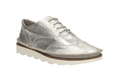 Womens Casual Shoes Damara Rose in Silver Metallic from