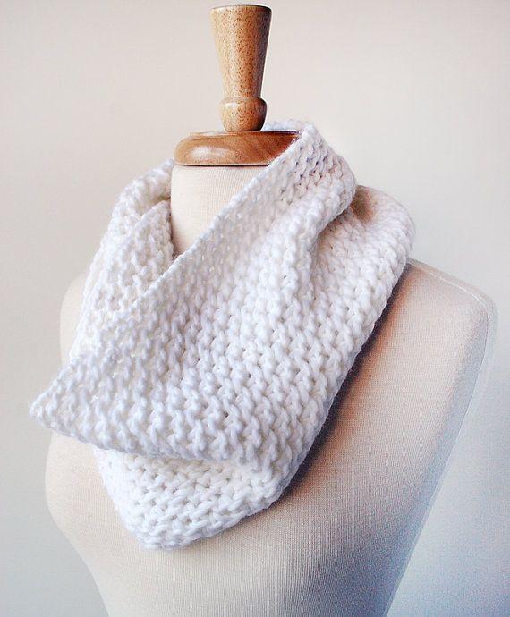 Moda femenina accesorios tejidos a mano capucha por ElenaRosenberg ...