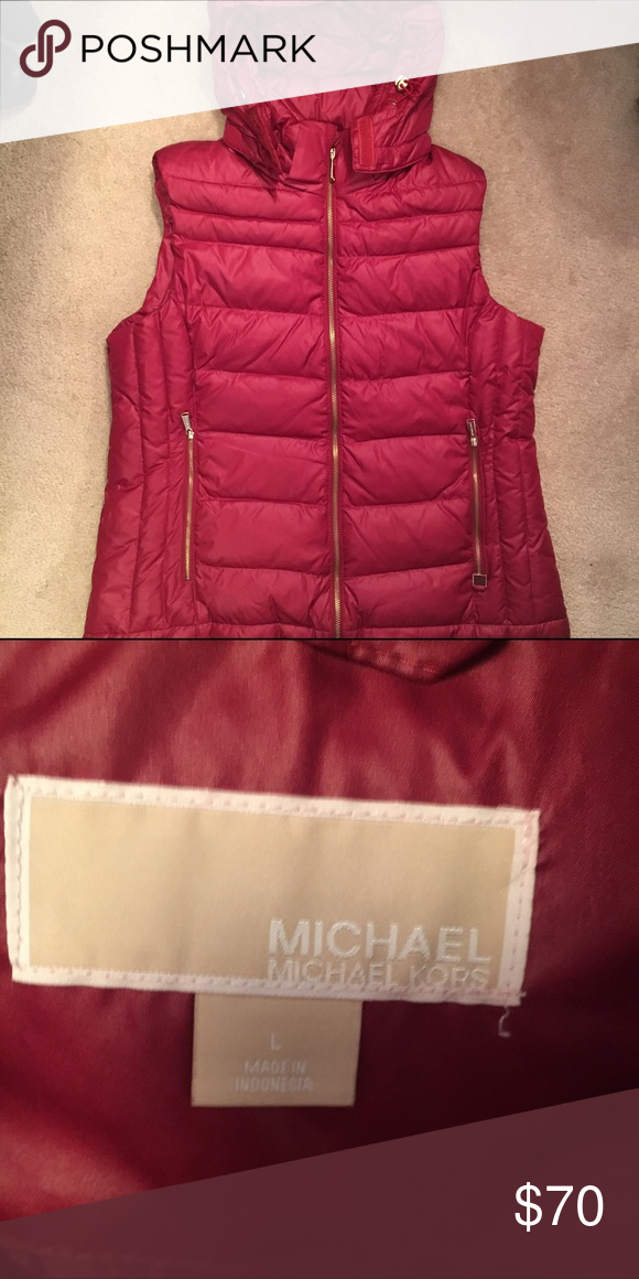 Michael Kors puffer vest Let one of my impulse buys get some love in your closet. Still like new. Worn once, EXCELLENT condition. Removable hood. No trades. Michael Kors Jackets & Coats Vests