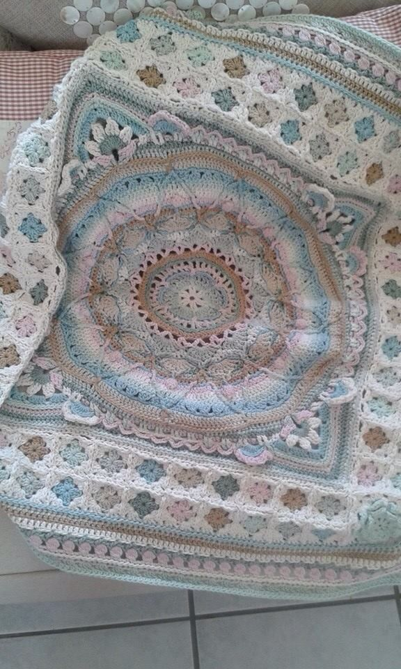 Color & pattern inspiration (sophies garden in the centre) | Crochet ...