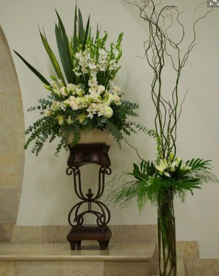 Tall Cylinder With Curly Willow And Fern With White Flowers Easter Flower Arrangements Contemporary Flower Arrangements White Flower Arrangements