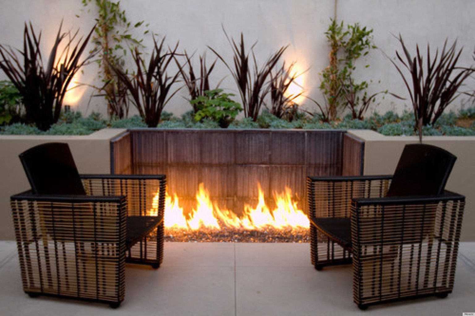 10 Outdoor Fire Pits That Will Take A Backyard From Ordinary To Extraordinary Photos The Huffington P Fire Pit Backyard Backyard Fire Backyard Seating Area