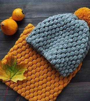 """Снуд и шапочка связаны одинаковым узором и составляют отличный комплект для холодной погоды. Шапочка и снуд связаны крючком узором """"Шишечки"""". Узор """"Шишечки"""" получается объемным, и изделия, связанные …"""