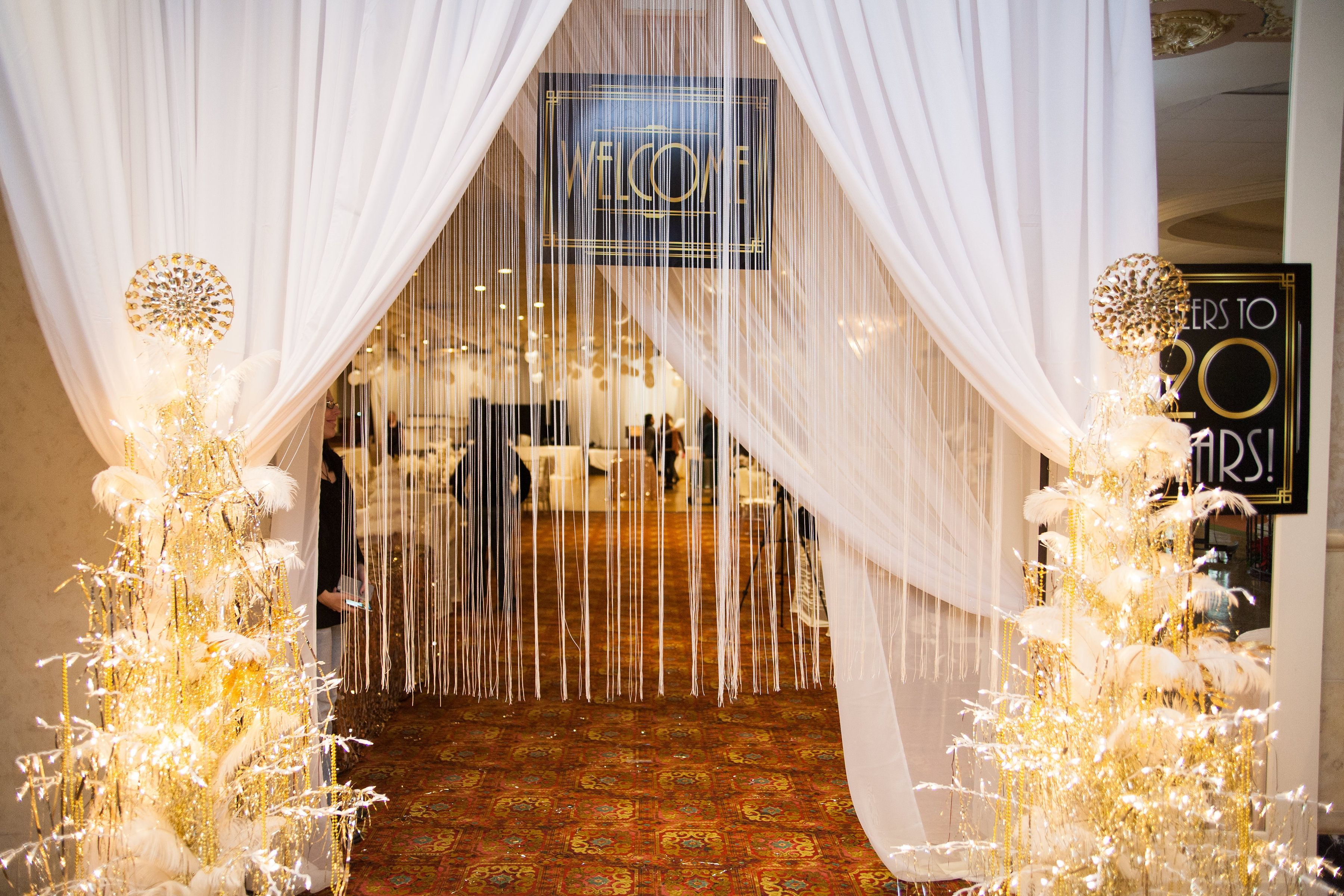 Great Gatsby Christmas Party Entrance In 2019 Great Gatsby