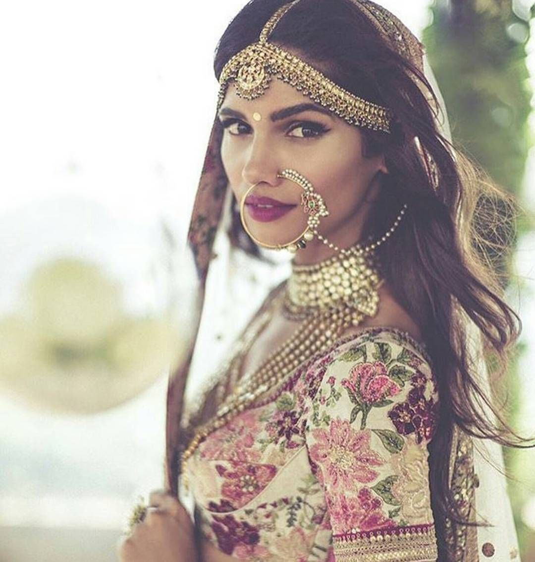 Pin by juli nahar on accessories pinterest bollywood saree and