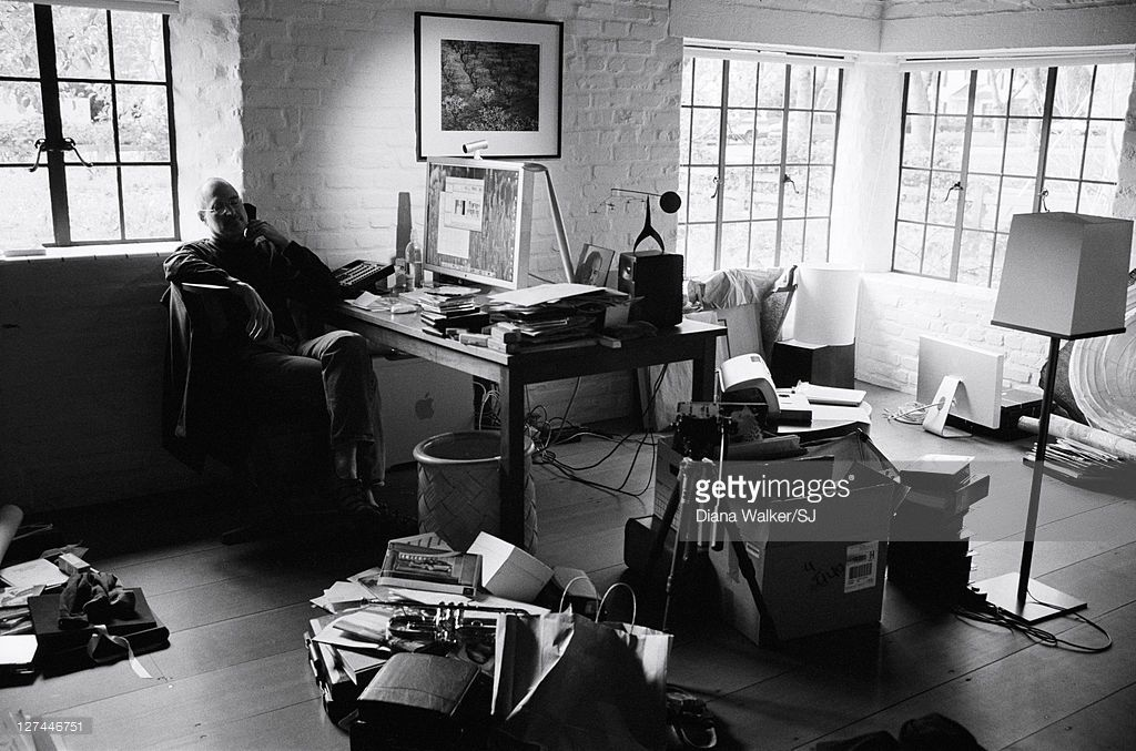 Ceo And Chairman Of Apple Steve Jobs At His Palo Alto Home For Time Steve Jobs Home Jobs Home Office Furniture