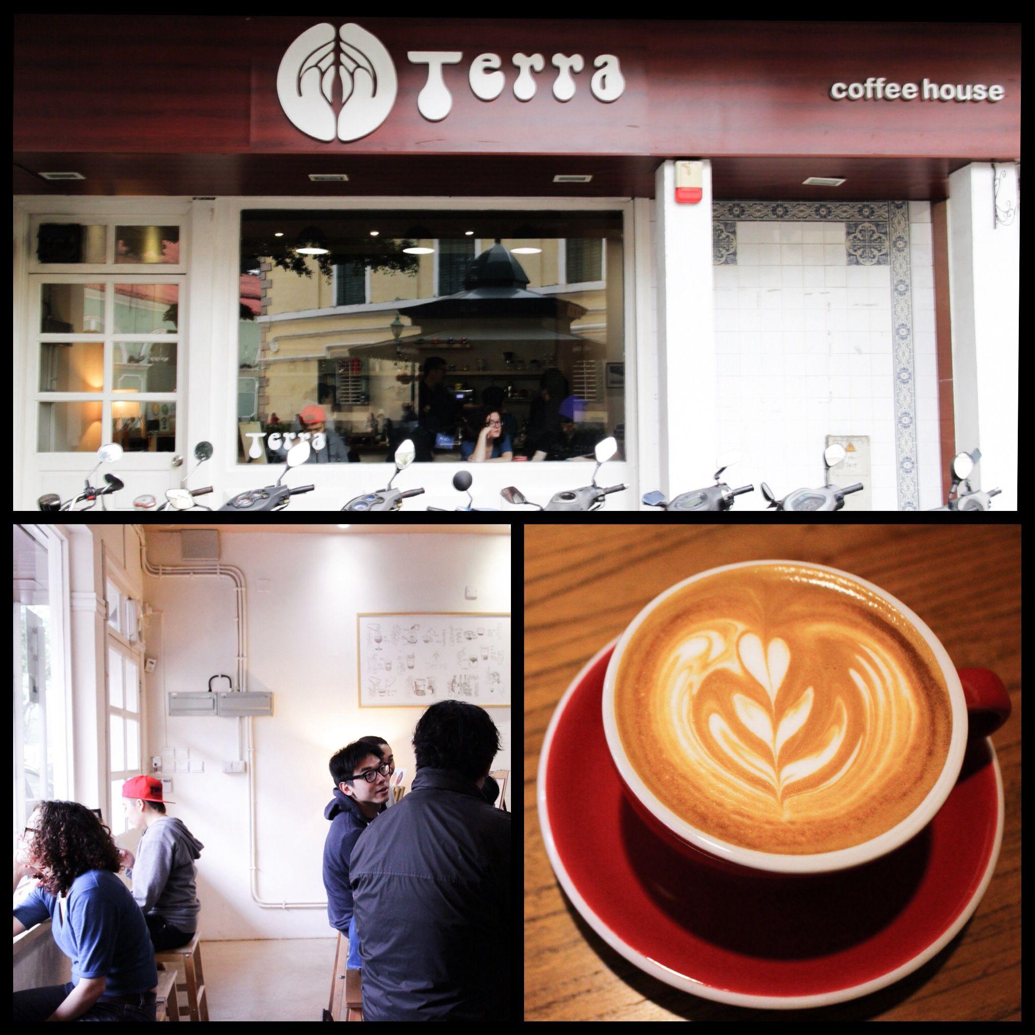 - TERRA coffee house - 1 Largo de Santo Agostinho, Macau -