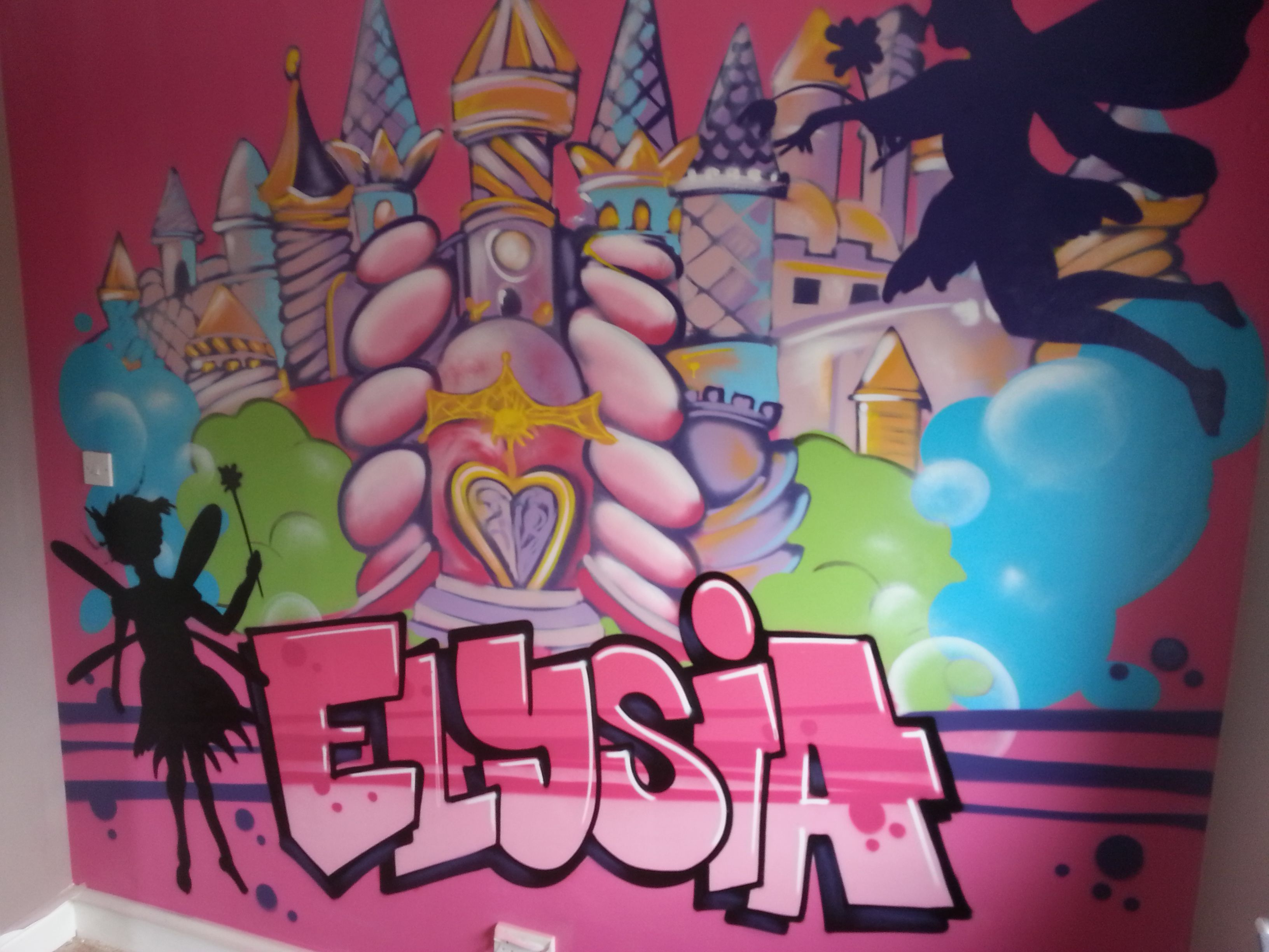 Pin By Interior Designer In A Box On Kids Teenager: Children / Teen / Kids Bedroom Graffiti Mural