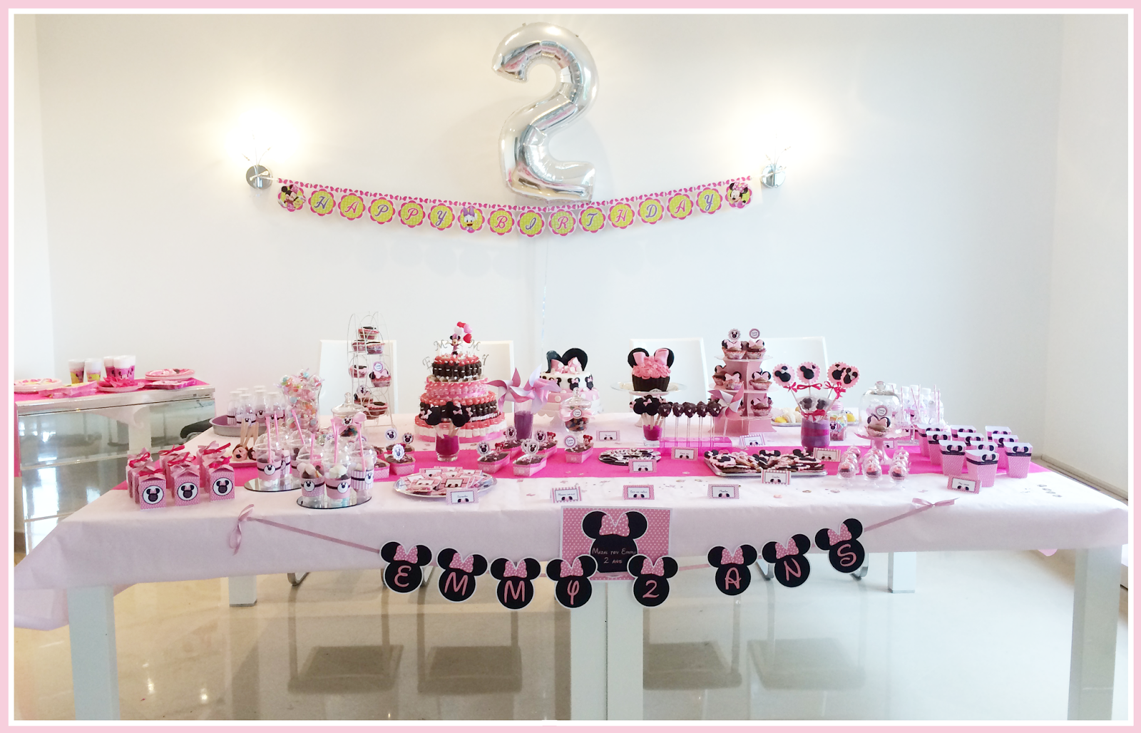 le candy bar kit anniversaire d coration sweet table sweet table kit minnie annie soraya. Black Bedroom Furniture Sets. Home Design Ideas