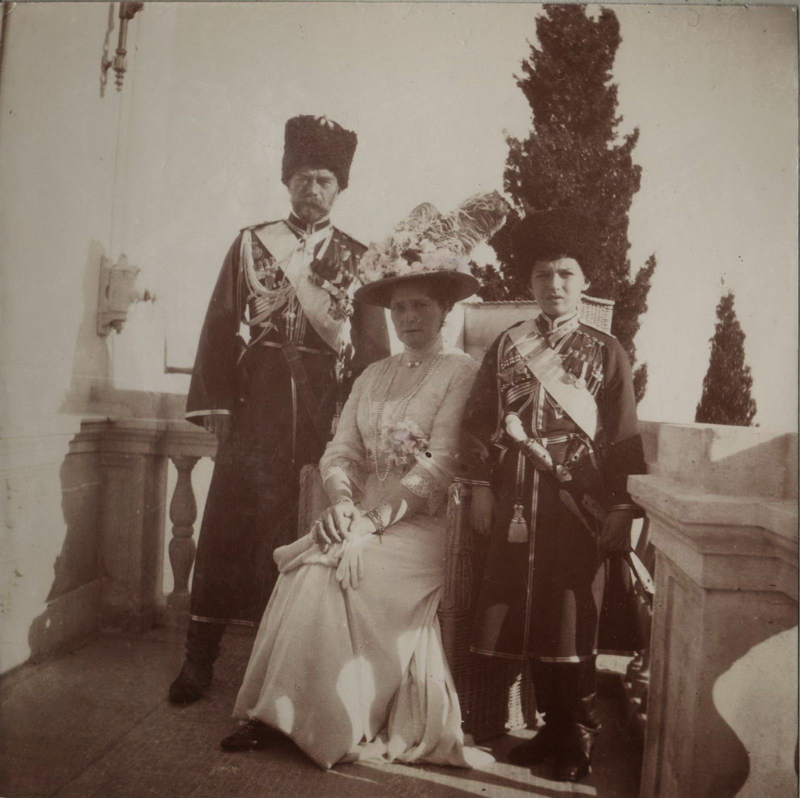 Nicolau, Alexandra e Alexei