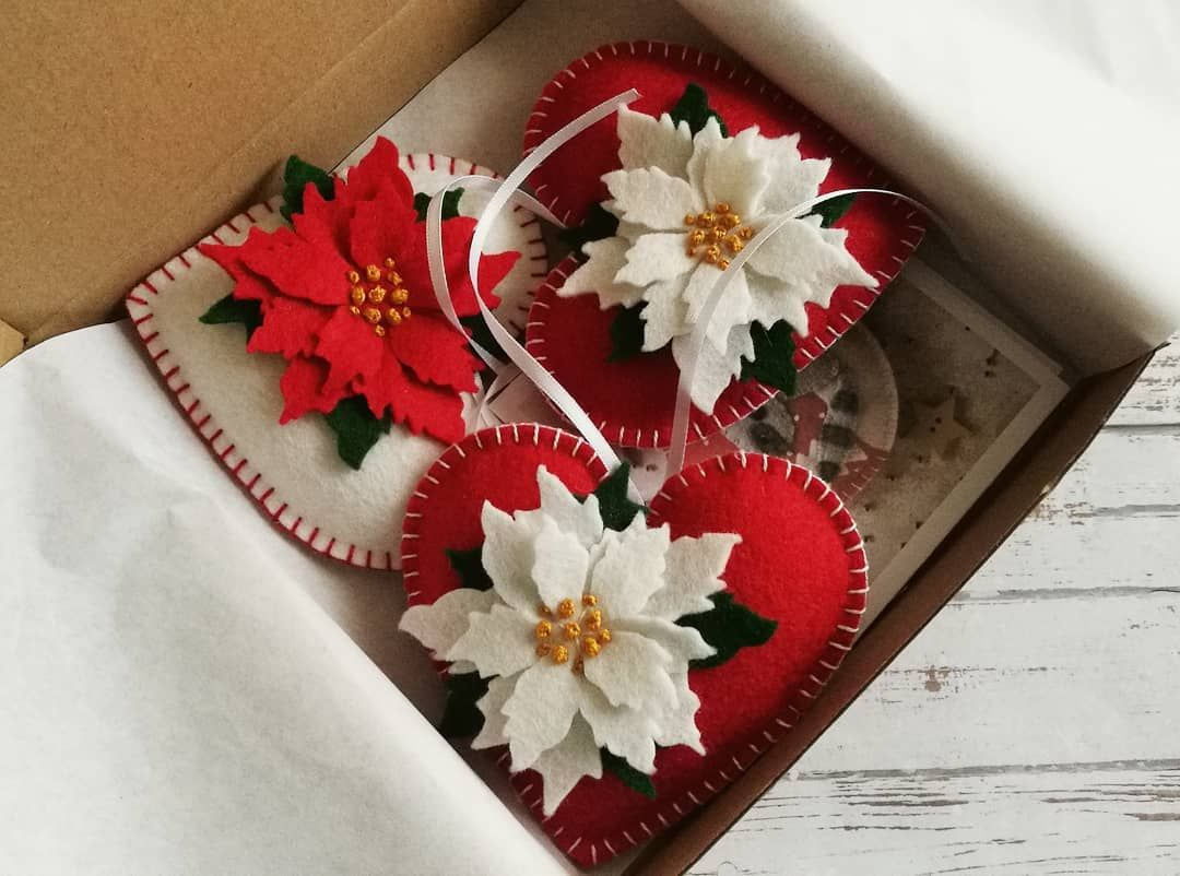 Dusicrafts By Dusanka Sirse On Instagram Packing Time Love This Pizza S Heart Christmas Ornaments Felt Christmas Ornaments Woodland Christmas Ornaments