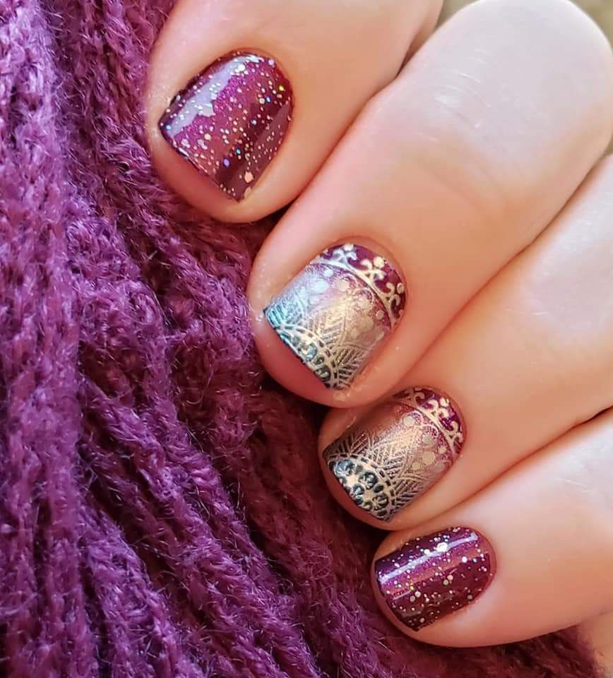 Bordeaux Glitz Drop And Give Me Zen In 2020 Color Street Nails Nail Color Combos Color Street