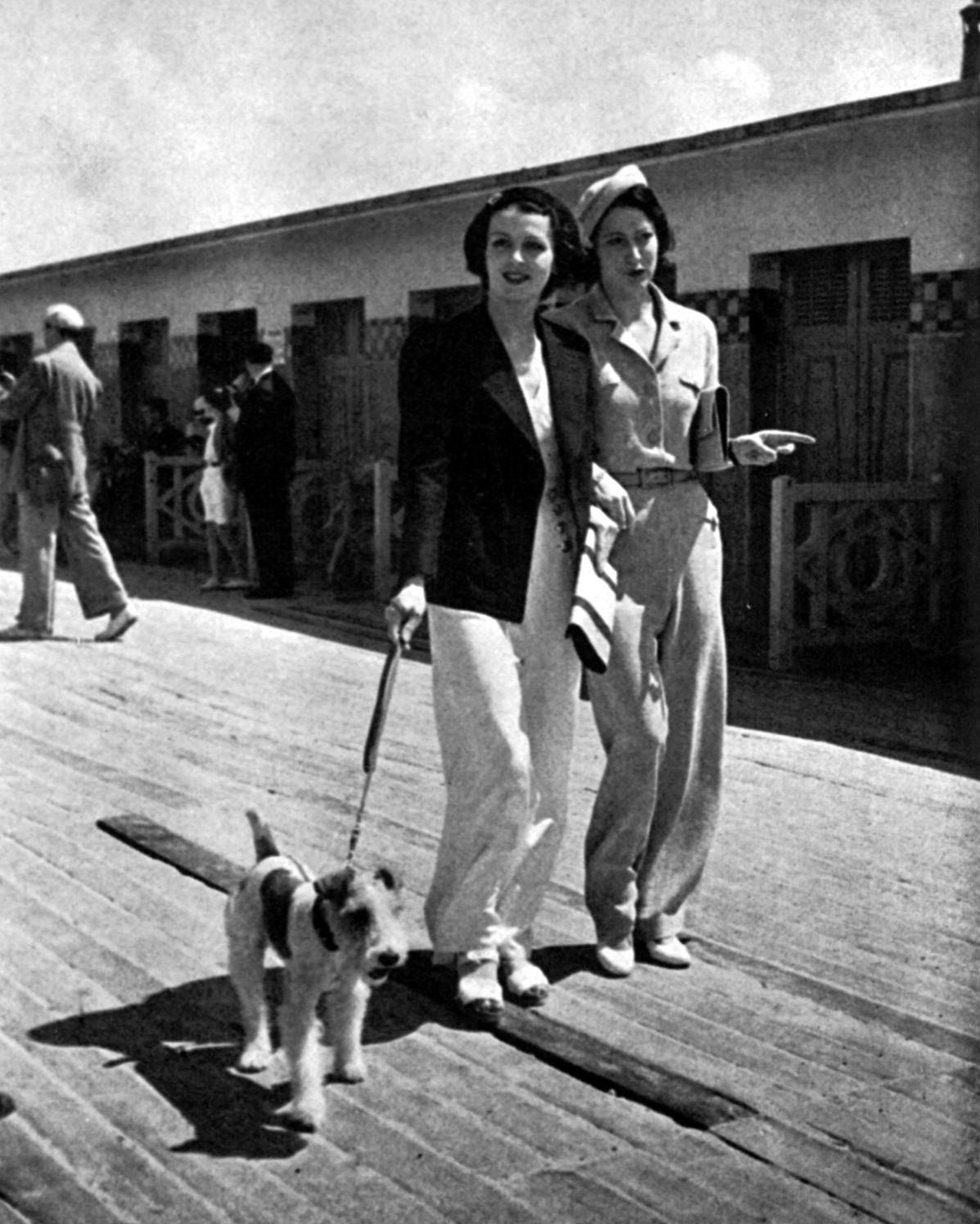 travel nostalgia - the 1920s & 1930s revisted: Dogs Take Lead In Deauville