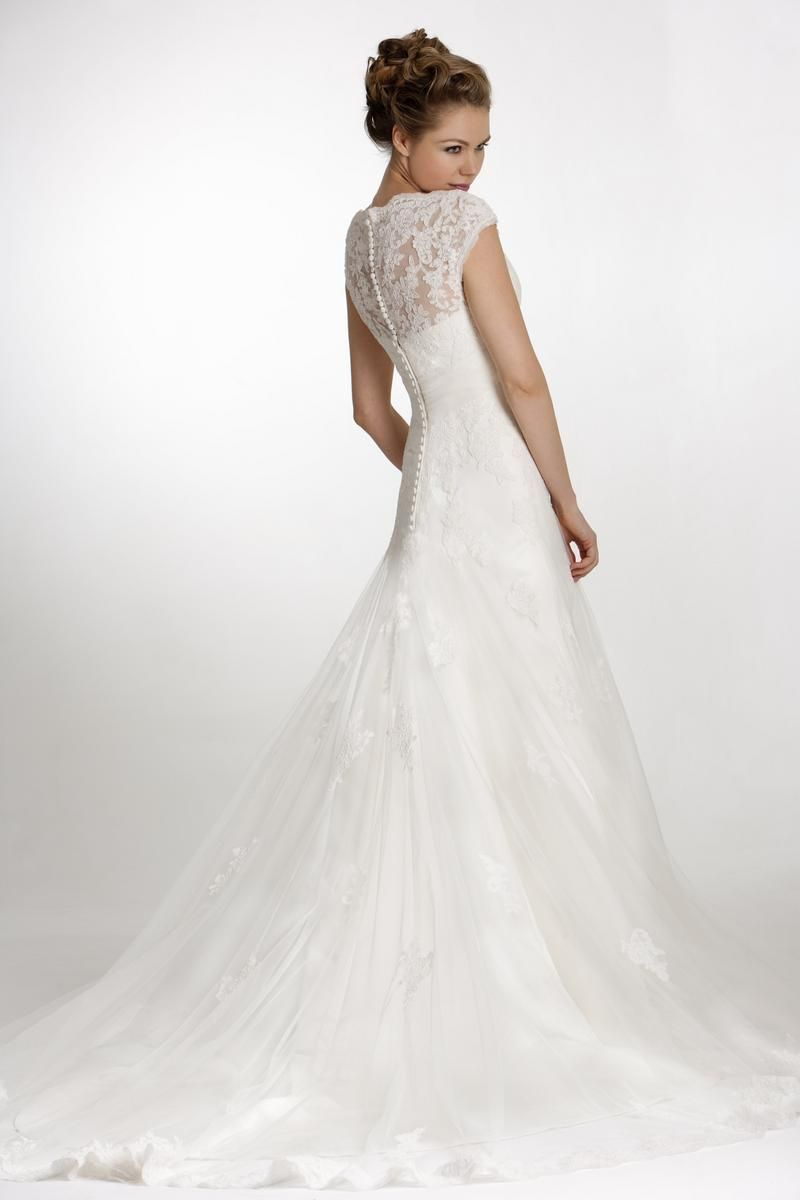 Contemporary Wedding Dresses And Vintage Inspired Bridal Gowns W977 True Bride