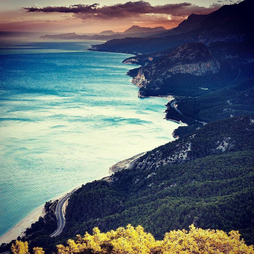 De paseo por las rutas de Antalya Turquía. . Foto por Mahir Uysal . #turkey #turquia #antalya #travel #vacations #photooftheday #picoftheday #mytravelgram #travelgram #inspiring #livetravelexplore #alavaca #loveit #beauty #cool #impressive #jawdropping www.alavaca.com #viajar #alavaca #travel #inspiration #vacations #vacaciones #alquiler #vacationalrental