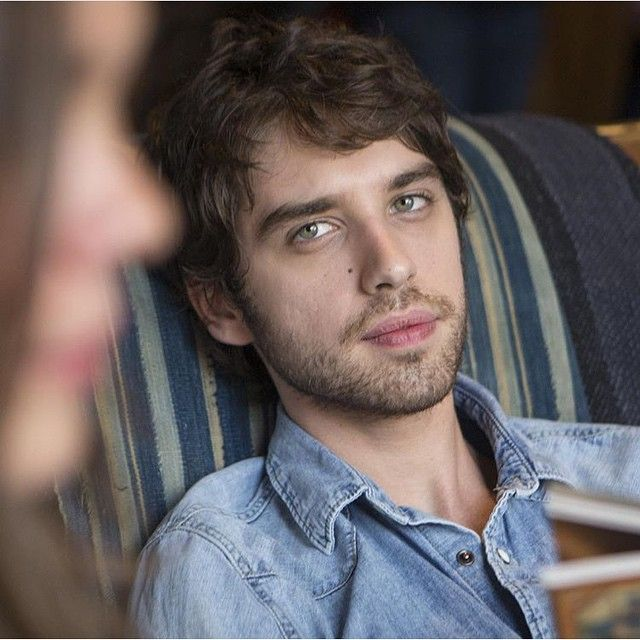 SO NOT ONLY IS HE CRAZY HOT, BUT HE'S STARING AT CALLIE  #TEAMBRALLIE
