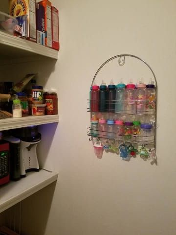 This Mom's Baby Bottle Storage Trick Is Actually Genius #geniusmomtricks