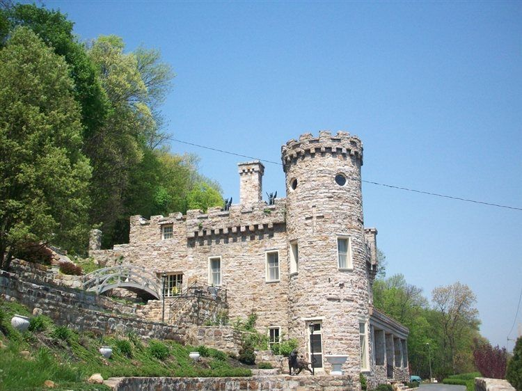 Ten of West Virginia's Most Haunted Places #westvirginia