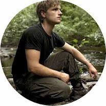 Peeta Hunger Games Costume  sc 1 st  Pinterest & Peeta Hunger Games Costume | Holiday Crafts/Decor/Ideas | Pinterest ...