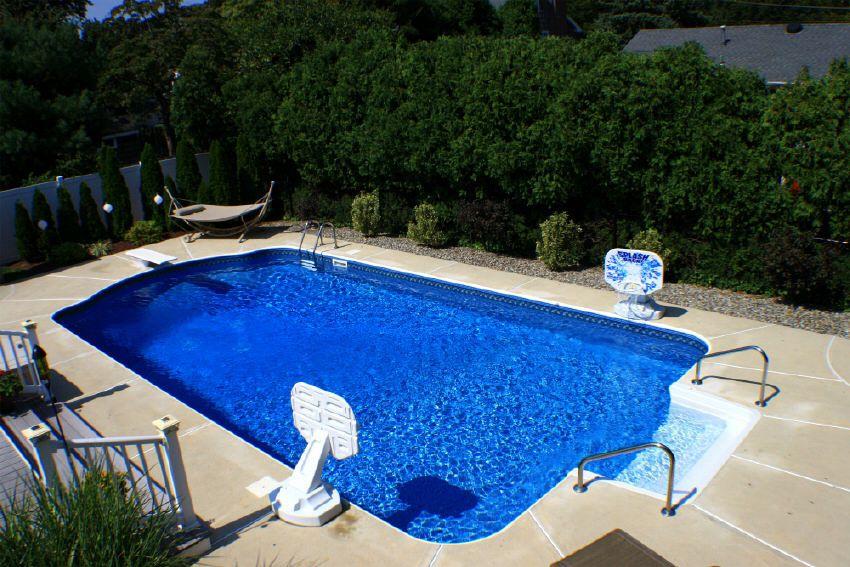 Benefits Of Salt Water Pool Swimming Pool Designs Underground Pool Cool Pools