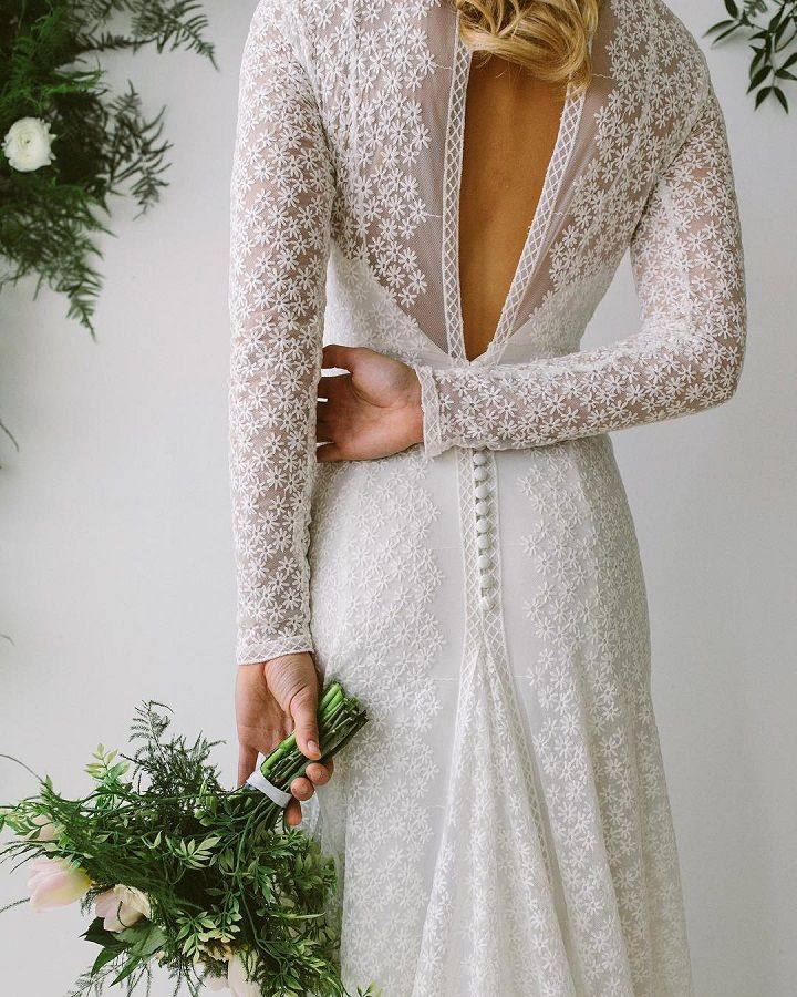 Long sleeve wedding dress with beauty details - Stunning textiles wedding dress #weddingdresses #uniqueweddingdress #weddinggown