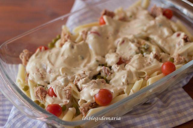 Ensalada de pasta con salsa de queso y sésamo a la soja | Comer con poco