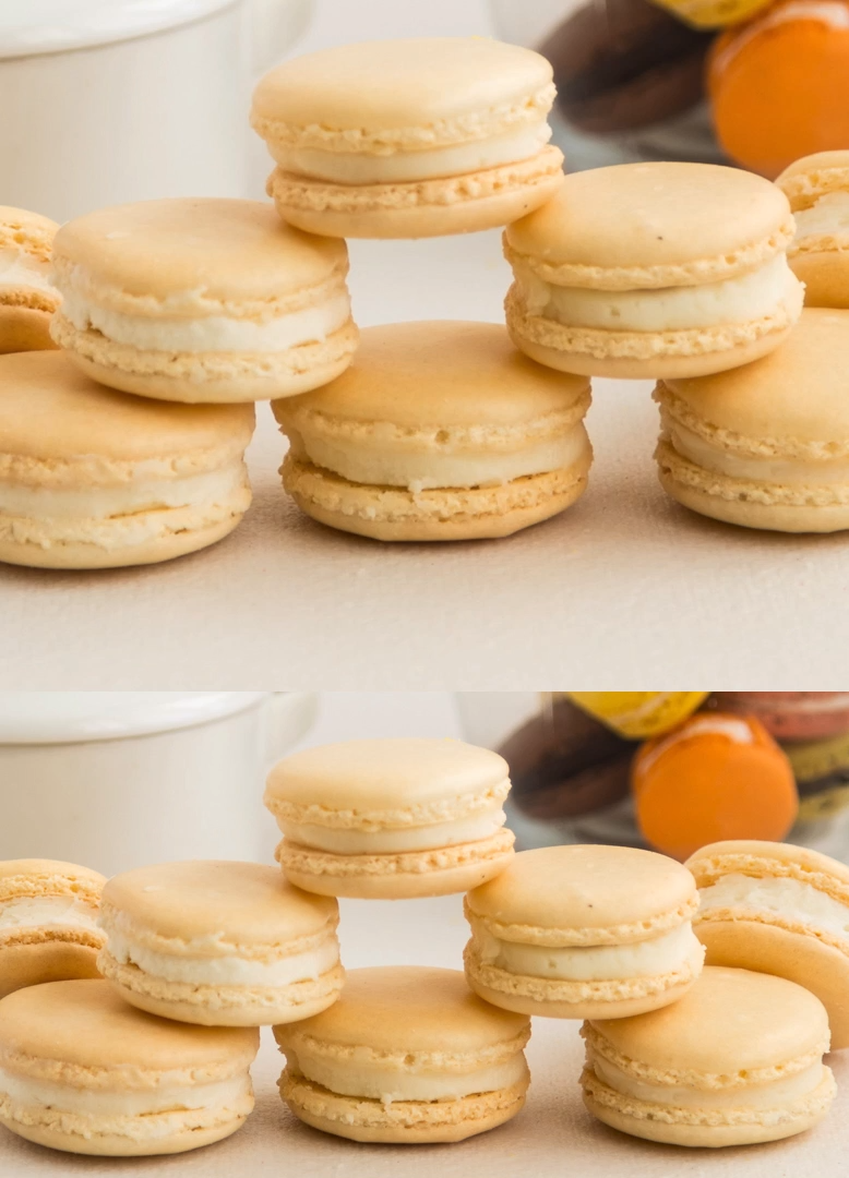 Classic Vanilla French Macarons #macaronrecette