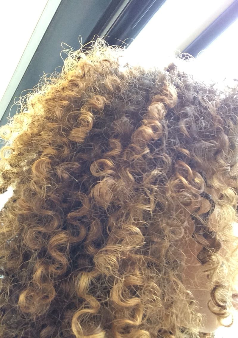 Mixed Race Curly Hair Highlights Foil And Pintura London Hair Highlights Hair Curly Hair Styles