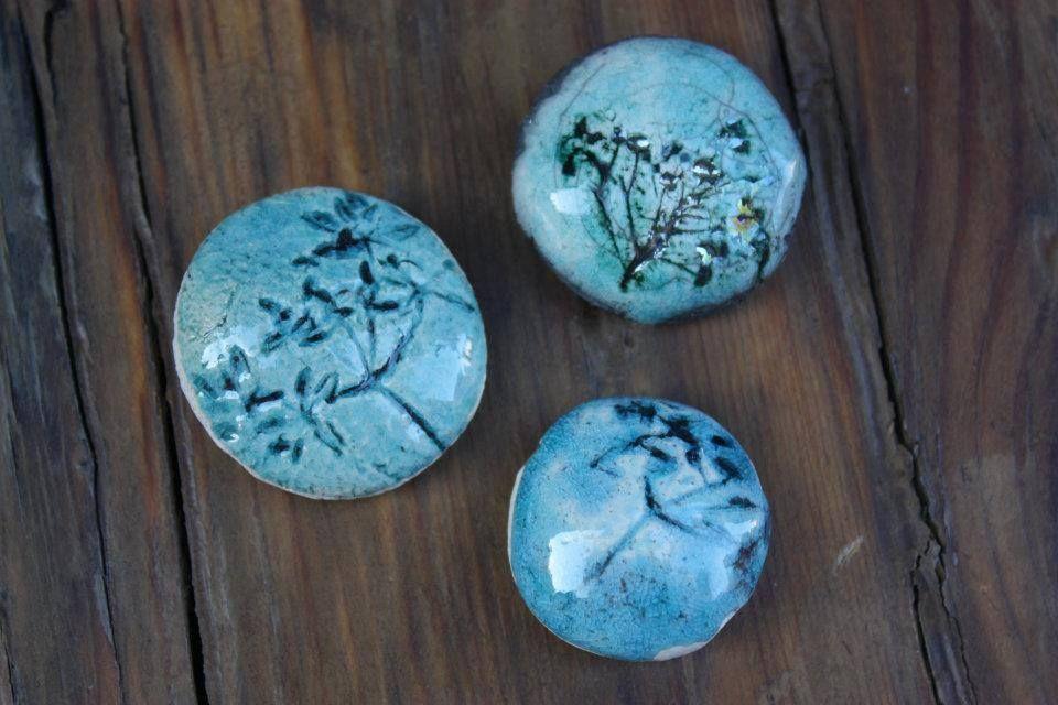 Made from real leaf impressed in clay slabs. #leaf #ceramic #handmade La Bottega 36, #Santarcangelo di Romagna