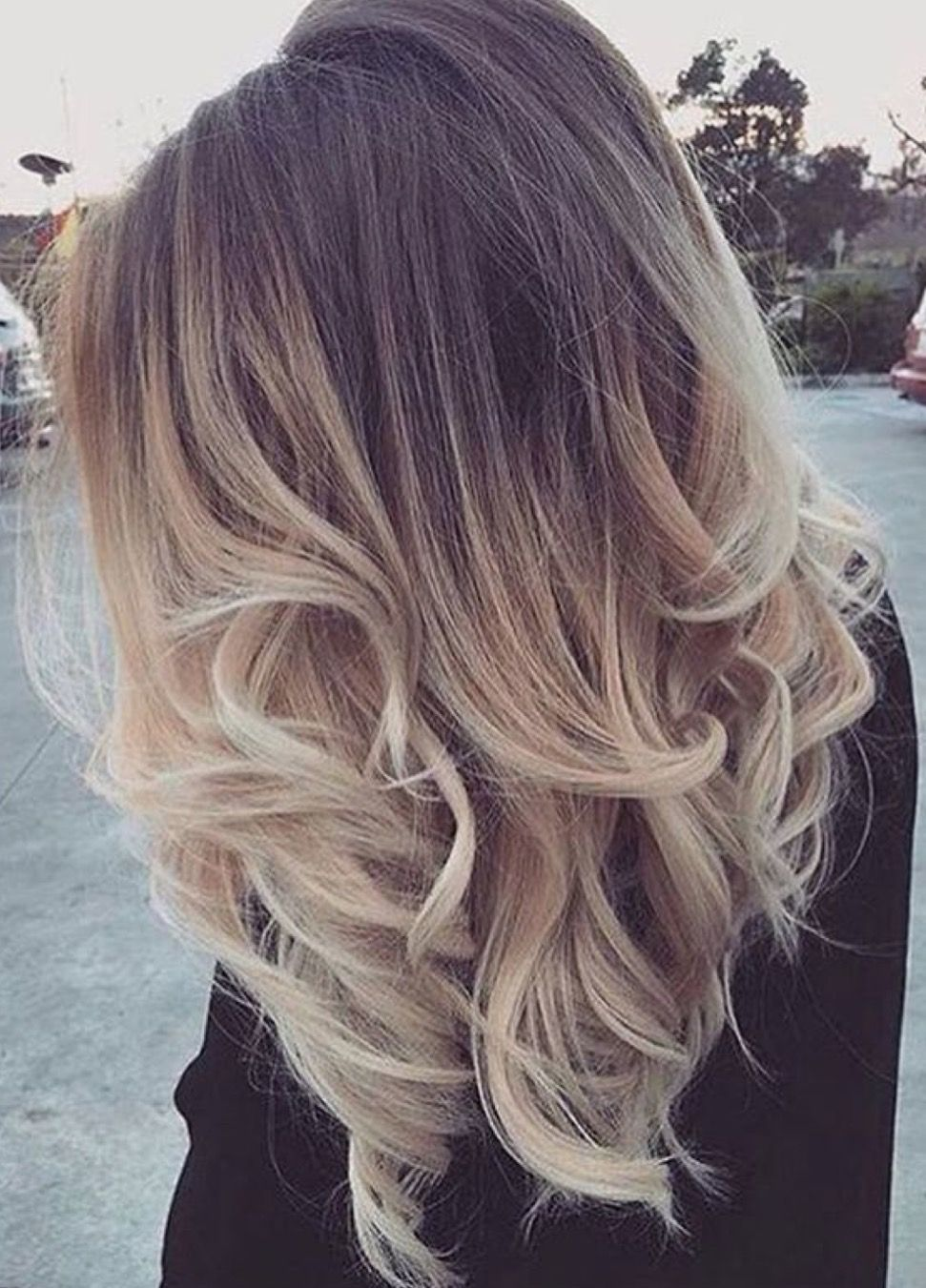 Loving This Ashy Balayage With A Deep Root Fading To An Icy Neutral Blonde Ombre Hair Blonde Hair Styles Brown Blonde Hair