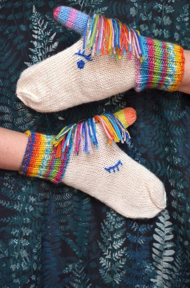 Aurora unicorn mittens Knitting pattern by Craftling Designs