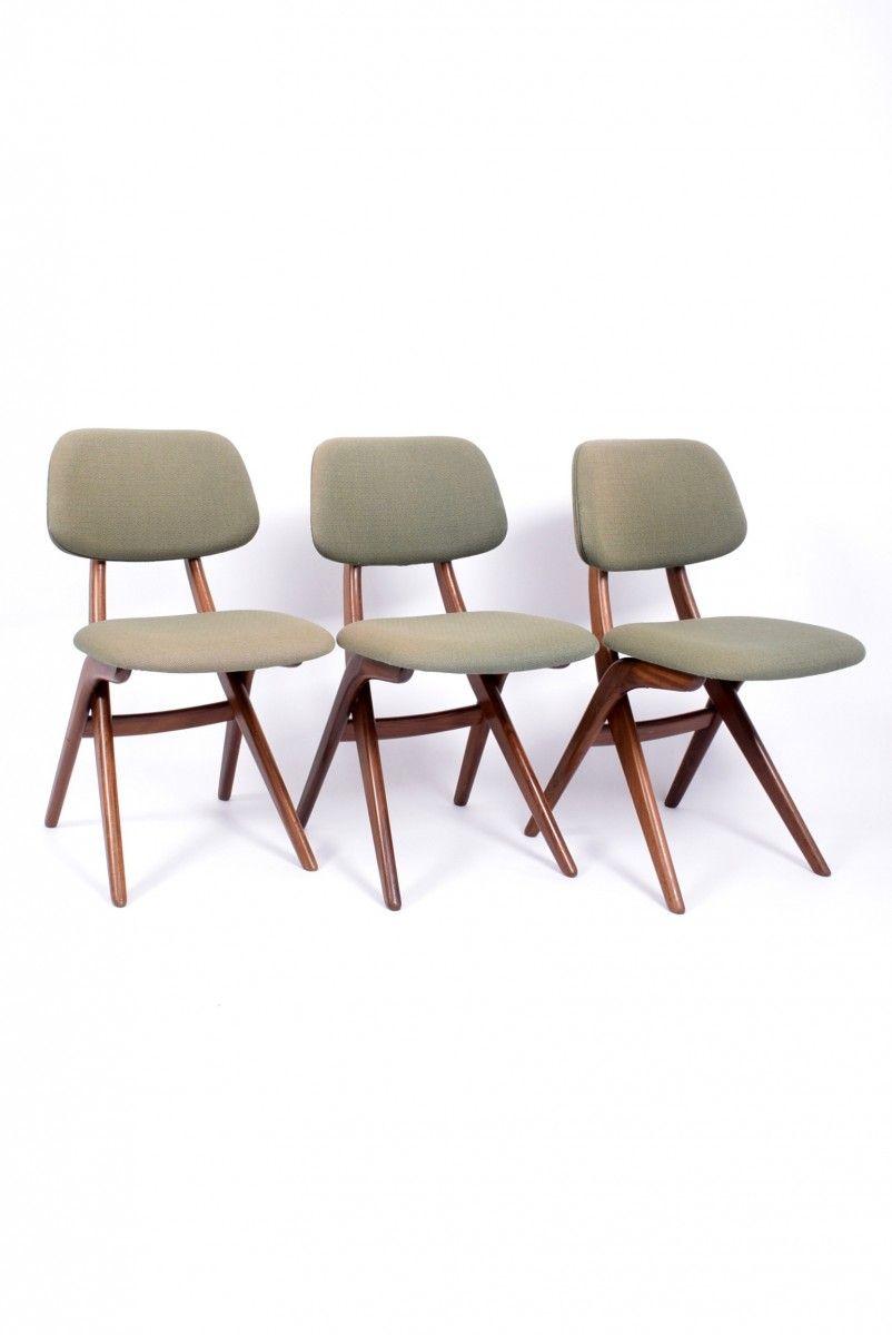 scissor chairs from stoelenbabriek Van Der Veer. Period: 1950 to 1959. Country of Manufacture: Netherlands.
