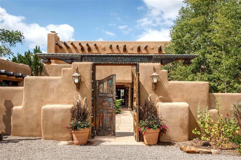 916 old santa fe trail santa fe nm spectacular compound for Santa fe adobe homes