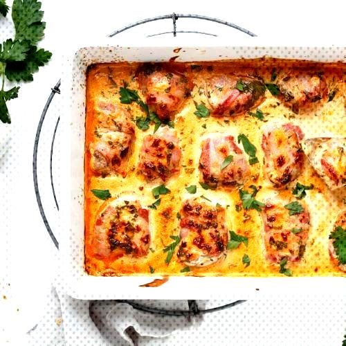 Pork fillet with bacon in curry cream - easy to cook -  at least in the oven and with the specified