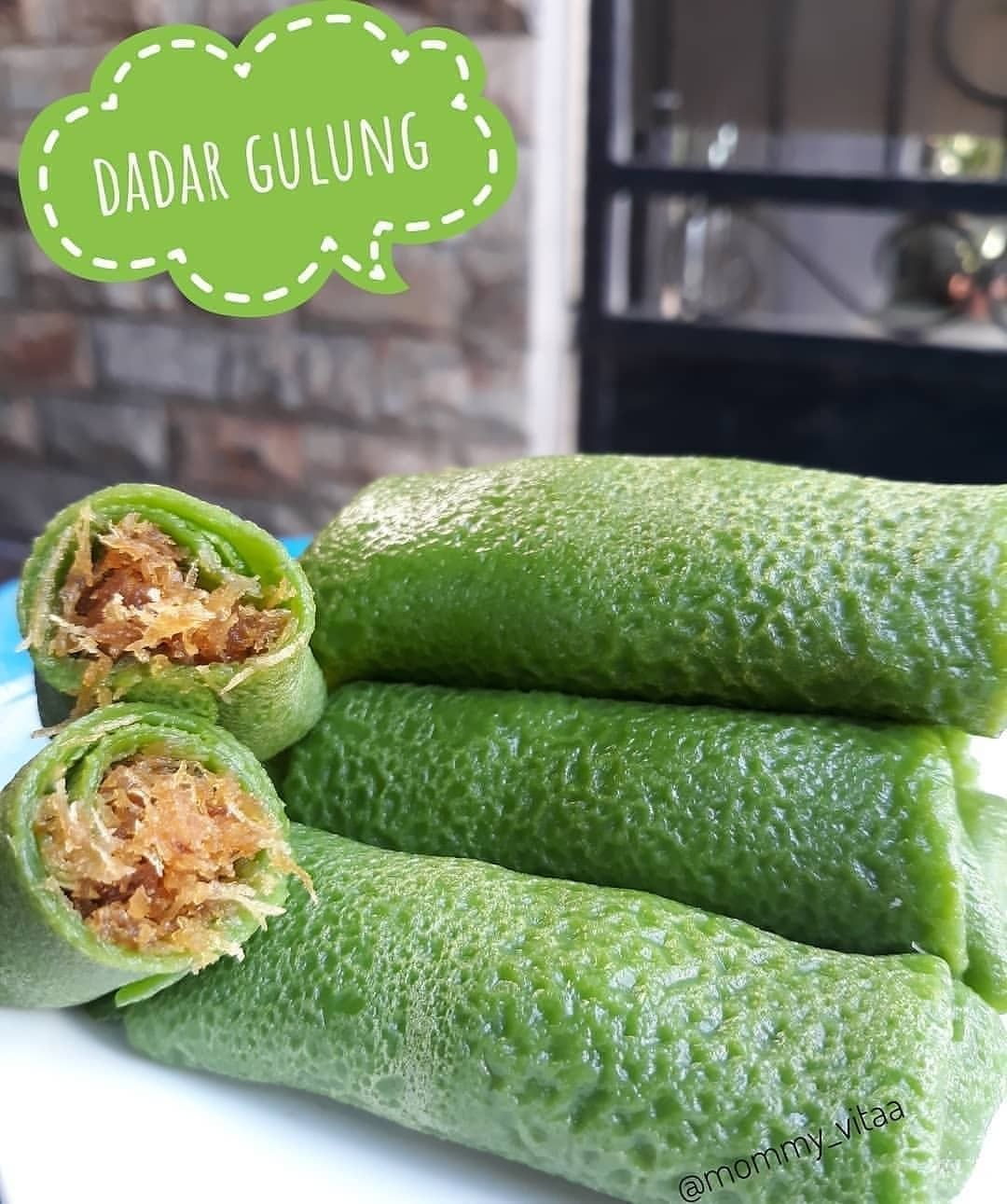 Dadar Gulung Credit By Mommy Vitaa Cooking Recipes Recipes Cooking