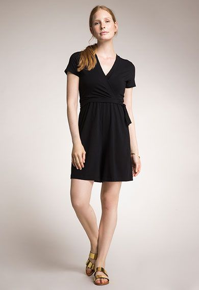 b3348dc14ab3c Chic Clothing Brands for Breastfeeding Moms - Well Rounded NY