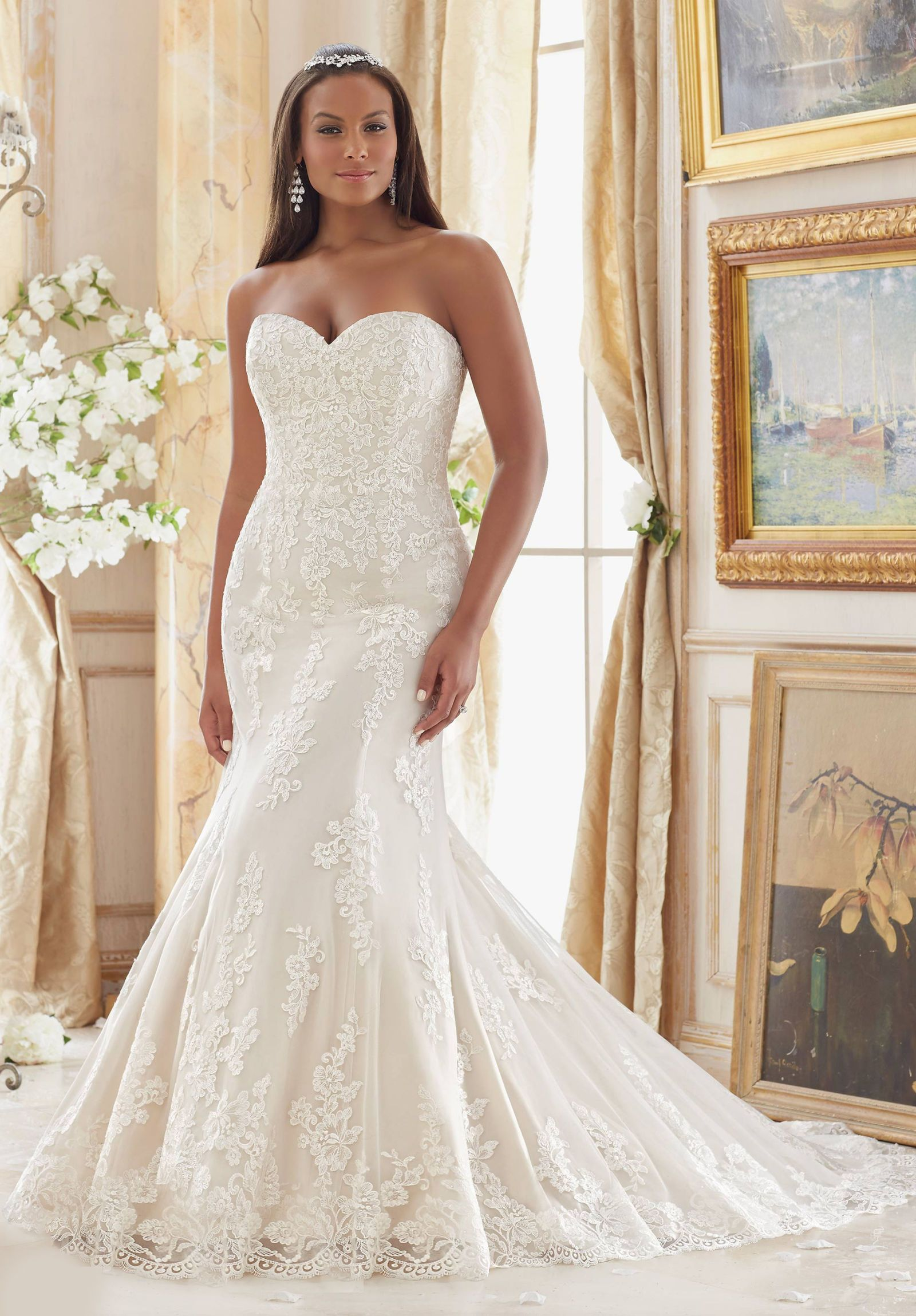6 Wedding Dress Brands for the Plus Size Bride