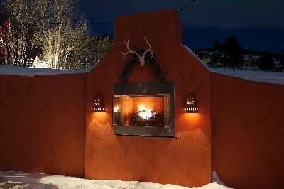 Awesome outdoor fireplace in Colorado